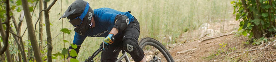 Kaski rowerowe wiodących światowych producentów: Bell, Giro, 661, Met.